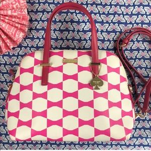 ♠️ Kate Spade Pink and White Maise Bow Handbag 💝